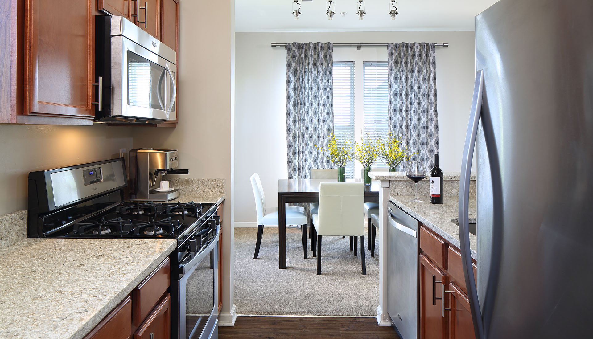 AVE Downingtown furnished kitchen