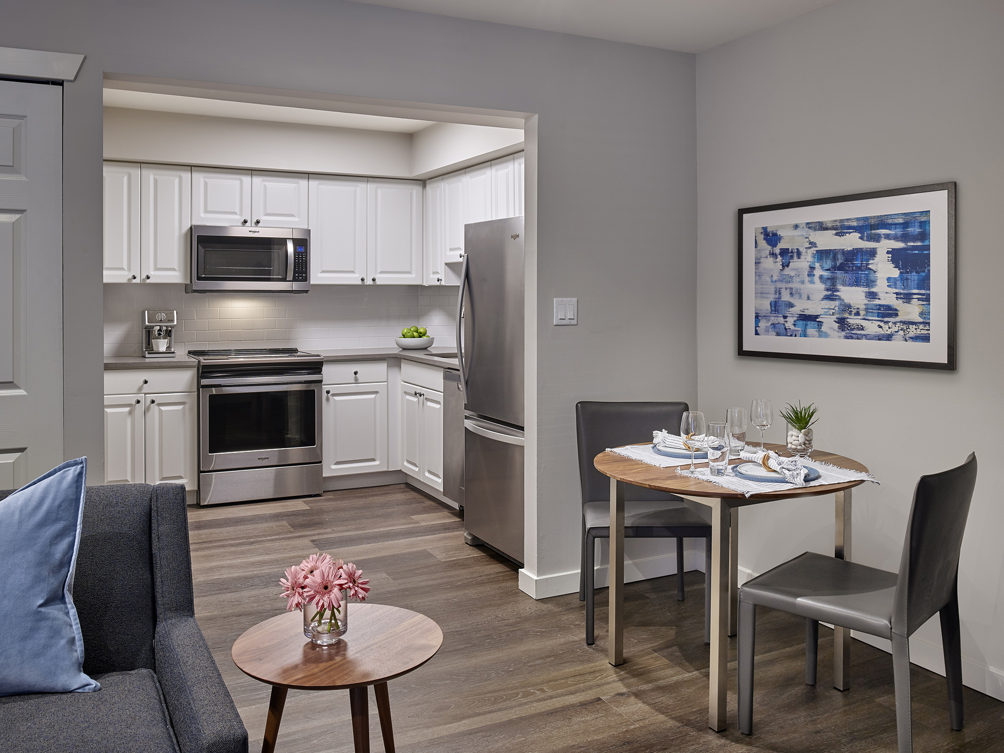 Apartment kitchen with dining table in Blue Bell Villas